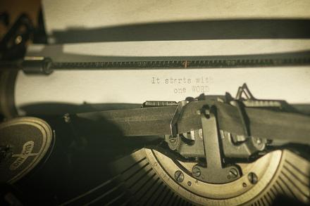 Die stille Schreibende